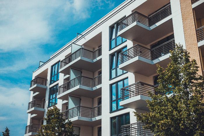 Blok mieszkalny w Polsce - z hipotekami